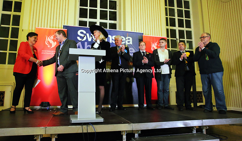 Pictured: Returning officer Huw Evans (2nd L) announces Tonia Antoniazzi as the Gower constituency winner. Friday 09 June 2017<br /> Re: Counting of ballots at Brangwyn Hall for the general election in Swansea, Wales, UK