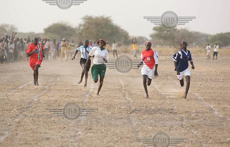 The women's 100m at the Twic Olympics in Wunrok, Southern Sudan.