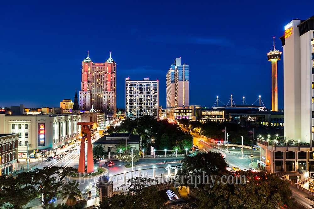 This is another capture of the skyline of San Antonio on a busy saturday night.  This captures the riverwalk, the Tourch of Freedom along with the Tower of Americas.  Also making the SA skyline are the many high rise hotels like the Marriott and the Grand Hyat plue the Hilton del Rio along the river.<br />