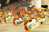 SAO PAULO, SP, 19 DE FEVEREIRO 2012 - CARNAVAL SP - PEROLA NEGRA . Desfile da escola de samba PerolaNegra na segunda noite do Carnaval 2012 de São Paulo, no Sambódromo do Anhembi, na zona norte da cidade, neste domingo. (FOTO: ADRIANO LIMA  - BRAZIL PHOTO PRESS).