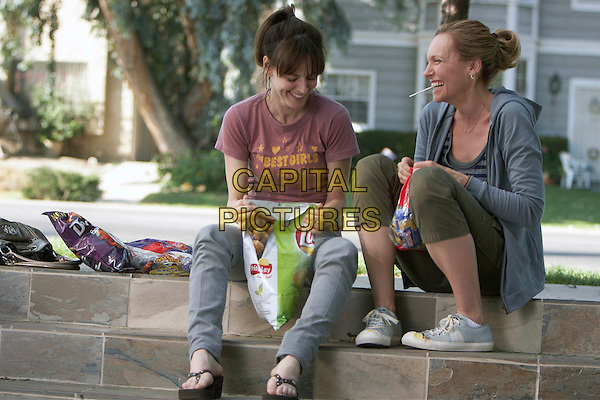 ROSEMARIE DeWITT & TONI COLLETTE.in United States of Tara.(Episode 4 - Inspiration) .*Filmstill - Editorial Use Only*.CAP/FB.Supplied by Capital Pictures.