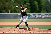 Pittsburgh Pirates pitcher Max Kranick (26) delivers a pitch during a Florida Instructional League game against the New York Yankees on September 25, 2018 at Yankee Complex in Tampa, Florida.  (Mike Janes/Four Seam Images)