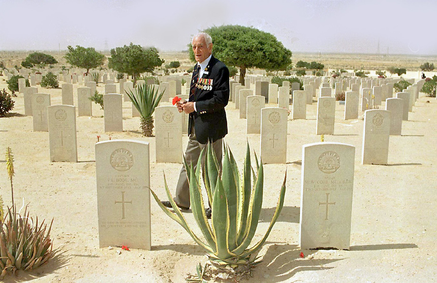 AUSTRALIA REMEMBERS THE 1945-1995 NORTH AFRICAN AND EUROPEAN PILGRIMAGE..WW2 VETERANS FRANK HERBERTSON OF QLD FINDS GRAVES OF MATES REBURIED TOGETHER AT EL ALAMEIN.PIC JAYNE RUSSELL 1.5.95