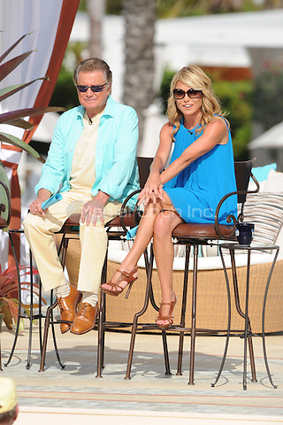 """ARCHIVE PHOTO:  Regis Philbin announces retirement from his morning TV show """"Live with Regis and Kelly!"""" after 28 years with the program. Regis and Kelly live from the From the Fountainbleau Resort in Miami Beach Florida. on May 6, 2009. © MediaPunch Inc. / MPI04"""