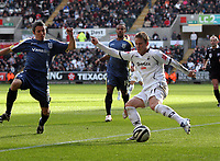 Pictured: Mark Gower of Swansea City in action<br /> Re: Coca Cola Championship, Swansea City FC v Cardiff City at the Liberty Stadium. Swansea, south Wales, Sunday 30 November 2008.<br /> Picture by D Legakis Photography / Athena Picture Agency, Swansea 07815441513