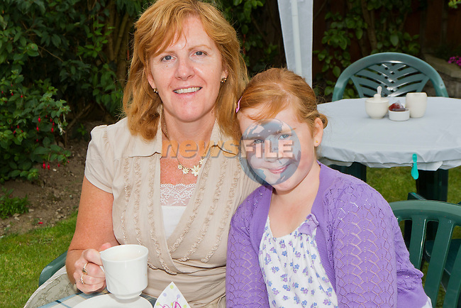 Marea and Sandra Kirwan at the Coffee Morning in aid of the Drogheda Alzheimer's Group..Picture: Shane Maguire / www.newsfile.ie.