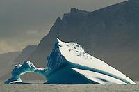 Ice inlet, Pond, Nunavut