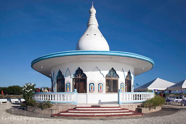"Hindu ""Temple in the sea"" Waterloo, built by Sewdass Sadhu"