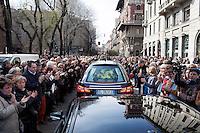Milano: funerali di Enzo Jannacci