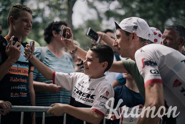 selfie with Bauke Mollema (NED/Trek-Segafredo)<br /> <br /> 104th Tour de France 2017<br /> Stage 19 - Embrun &rsaquo; Salon-de-Provence (220km)