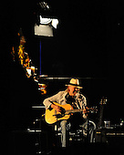 NEIL YOUNG (2010)