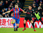 Crystal Palace's James McArthur tussles with Arsenal's Alexis Sanchez during the premier league match at Selhurst Park Stadium, London. Picture date 28th December 2017. Picture credit should read: David Klein/Sportimage
