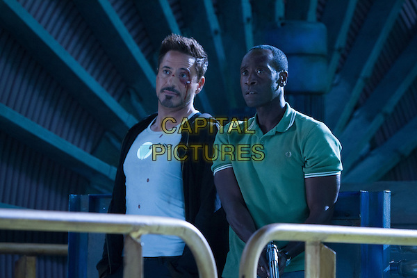 ROBERT DOWNEY JR., DON CHEADLE<br /> in Iron Man 3 (2013) <br /> *Filmstill - Editorial Use Only*<br /> CAP/FB<br /> Supplied by Capital Pictures