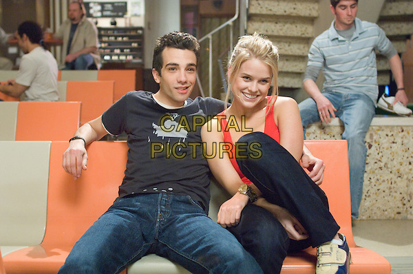 Jay Baruchel & Alice Eve.in She's Out of My League.*Filmstill - Editorial Use Only*.CAP/PLF.Supplied by Capital Pictures.