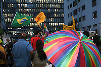 SAO PAULO - SP - 26 DE JUNHO DE 2013 - CURA-GAY, protesto na Av Paulista, nete inicio de noite, contra o Projeto de Decreto Legislativo 234/11, conhecido como Cura Gay, aprovado na Comissão de Direitos Humanos da Câmara dos Deputados, da qual o deputado Marco Feliciano (PSC-SP).  FOTO: MAURICIO CAMARGO / BRAZIL PHOTO PRESS.