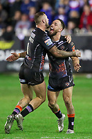 Picture by Alex Whitehead/SWpix.com - 28/09/2017 - Rugby League - Betfred Super League Semi Final - Castleford Tigers v St Helens - The Mend A Hose Jungle, Castleford, England - Castleford's Luke Gale and Zak Hardaker celebrate the win in extra time.