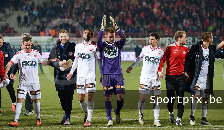 KV Kortrijk - Cercle Brugge : Kortrijkspelers vieren de kwalificatie voor play off 1 <br /> foto VDB / BART VANDENBROUCKE