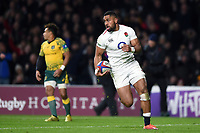 Joe Cokanasiga of England runs in a second half try. Quilter International match between England and Australia on November 24, 2018 at Twickenham Stadium in London, England. Photo by: Patrick Khachfe / Onside Images