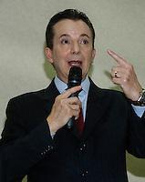 SAO PAULO, SP, 23 JULHO 2012 - ELEICOES 2012 - CELSO RUSSOMANO –  Celso Russomano durante apoio de candidatura o recem-criado Partido Ecologico Nacional (PEN) a prefeitura de Sao Paulo na noite desta segunda-feira pelo presidente do PEN, o ex-deputado Adilson Barroso, no hotel Maksoud Plaza regiao da avenida paulista. FOTO: AMAURI NENH - BRAZIL PHOTO PRESS.