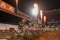 SX1 starting action<br /> 2018 SX Open - Auckland / SX 1<br /> FIM Oceania Supercross Championships<br /> Mt Smart Stadium / Auckland NZ<br /> Saturday Nov 24th 2018<br /> © Sport the library/ Jeff Crow / AME