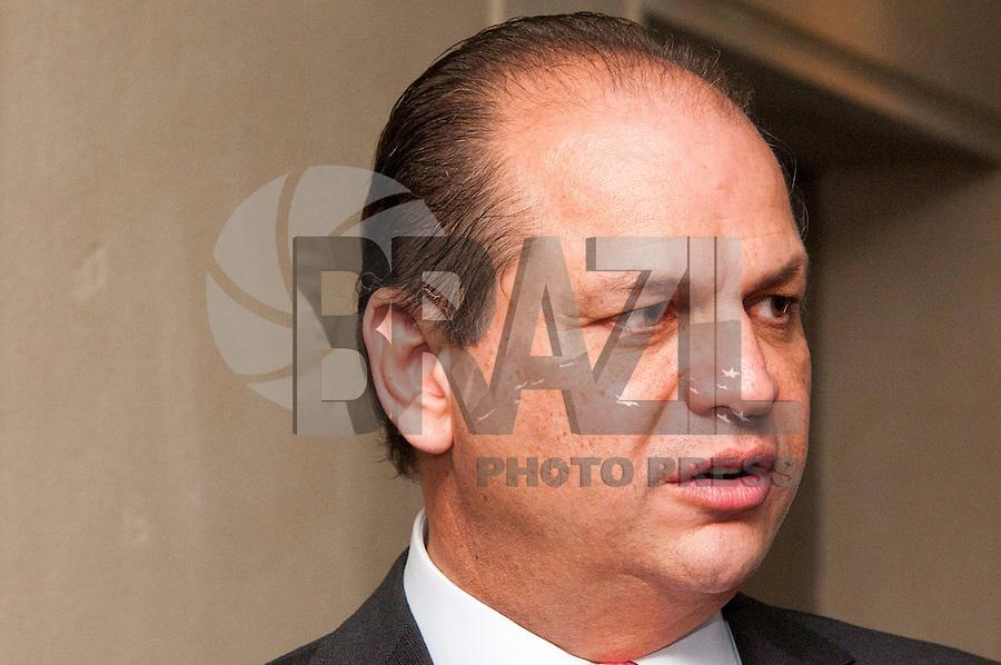 SAO PAULO, SP, 14.10.2015 - FIESP - SP - O deputado Ricardo Barros ( PP/PR)  durante o abertura do Orçamento 2016 em reunião com o conselho da FIESP-feira na sede da FIESP, nesta quarta-feira 14 . ( Foto: Gabriel Soares/ Brazil Photo Press)
