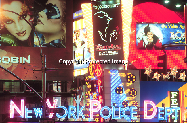Country. America. New York. The newly remodeled Times Square. Theatres, neon lights. billboards. 5/97..©Per-Anders Pettersson/iAfrika Photos