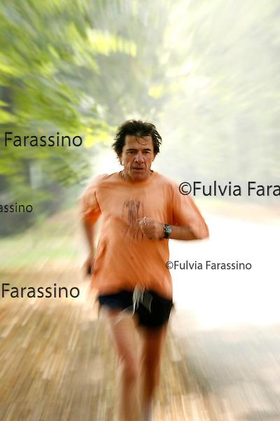 Milano, 17/10/2007.Allenamento Franco Ambrosioni maratoneta, Franco Ambrosini, marathon runner, working out