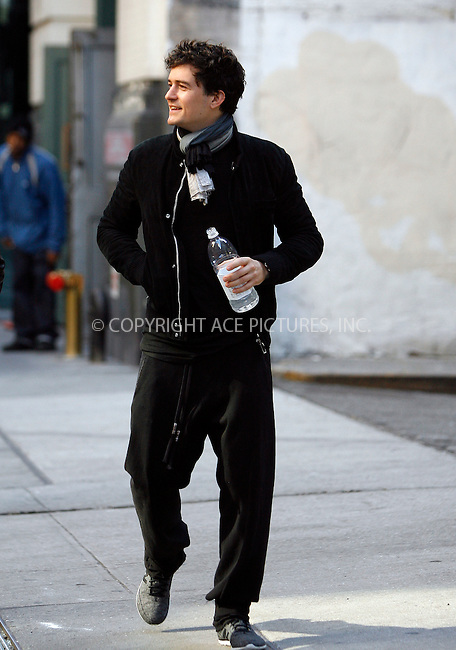 WWW.ACEPIXS.COM . . . . .  ....November 1 2011, New York City....Actor Orlando Bloom takes a around his Chelsea neighborhood November 1 2011 in New York City....Please byline: CURTIS MEANS - ACE PICTURES.... *** ***..Ace Pictures, Inc:  ..Philip Vaughan (212) 243-8787 or (646) 679 0430..e-mail: info@acepixs.com..web: http://www.acepixs.com
