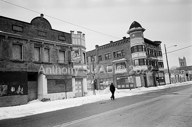 Cleveland, Ohio<br /> March 11, 2008 <br /> <br /> The mortgage and economic crisis takes its toll on intercity Cleveland's commerce with the many shops abandon and closed.