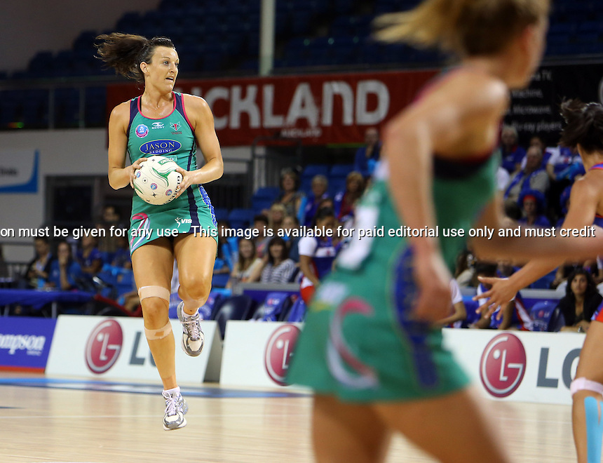 25.03.2013 Vixens Bianca Chatfield in action during the ANZ Champs netball match between the Mystics and Vixens played at Trust Stadium in Auckland. Mandatory Photo Credit ©Michael Bradley.