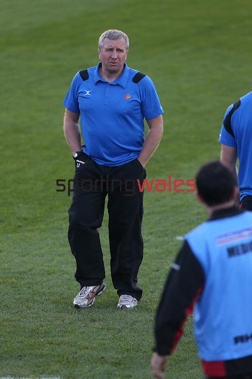 Dragons coach Lyn Jones<br /> RaboDirect Pro 12<br /> Newport Gwent Dragons v Ulster<br /> Rodney Parade<br /> 06.09.13<br /> <br /> ©Steve Pope-SPORTINGWALES