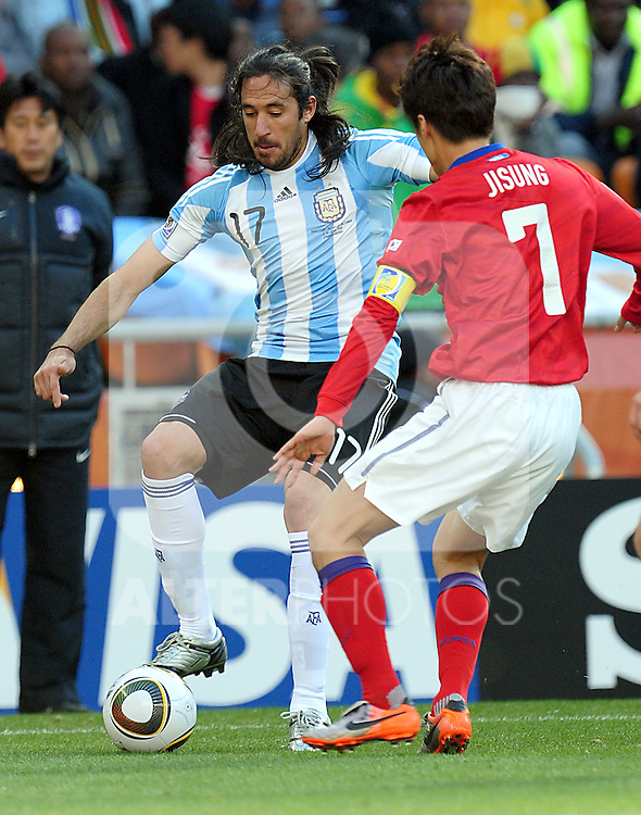 I7 Angel DI MARIA during the 2010 World Cup Soccer match between Argentina vs Korea Republic played at Soccer City in Johannesburg, South Africa on 17 June 2010.  Photo: Gerhard Steenkamp/Cleva Media