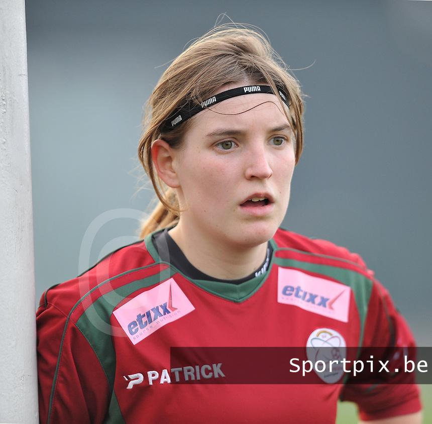 Dames Zulte - Waregem - Femina White Star Woluwe : Stefanie Ninclaus.foto DAVID CATRY / Vrouwenteam.be