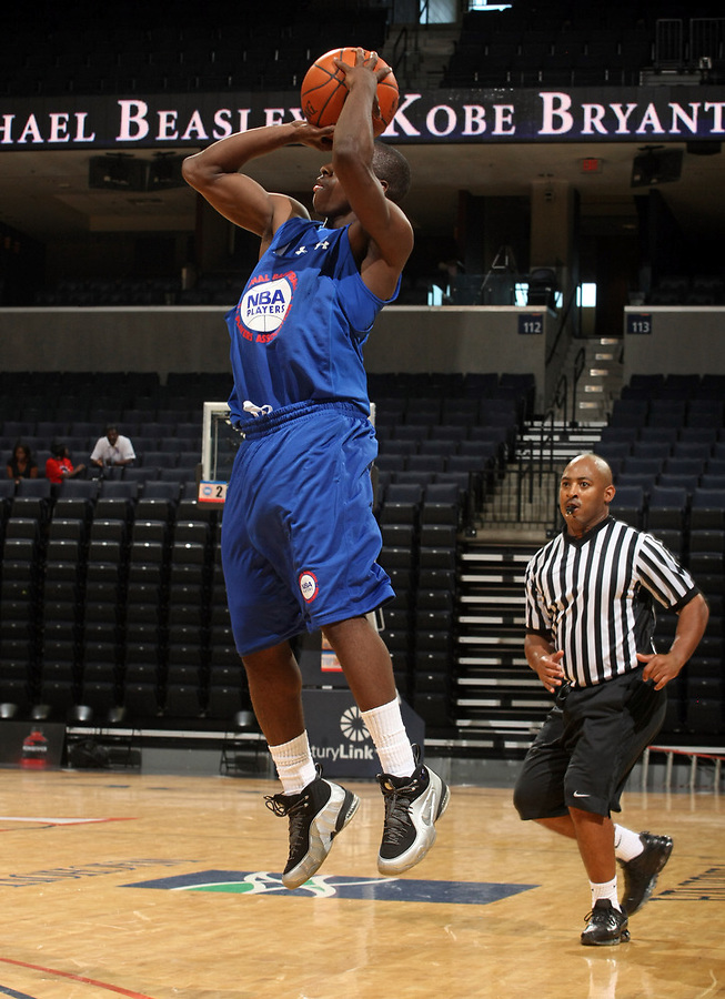Chris Jones at the NBPA Top100 camp June 18, 2010 at the John Paul Jones Arena in Charlottesville, VA. Visit www.nbpatop100.blogspot.com for more photos. (Photo © Andrew Shurtleff)
