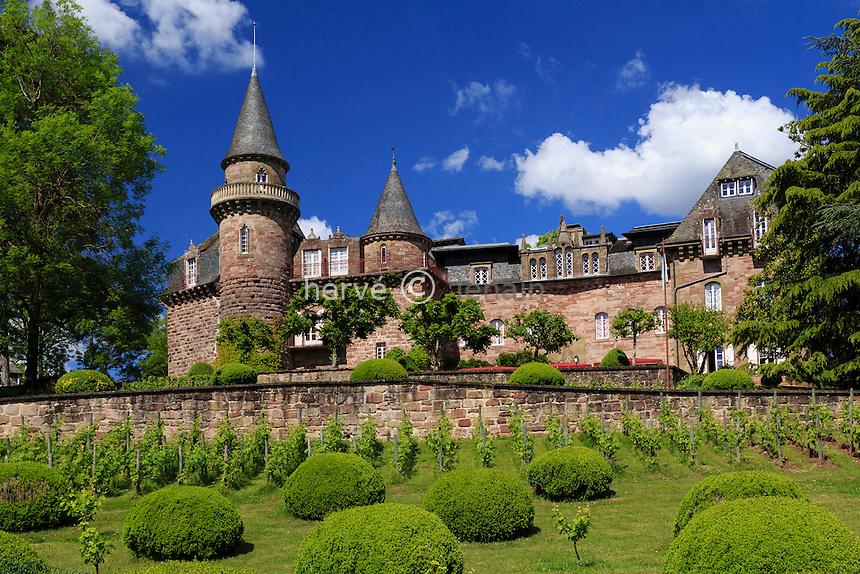 France, Corrèze (19), Varetz, château de Castel Novel // France, Correze, Varezt, Castel Novel castle