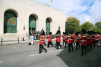 Pictured: The Welsh Guards parade through St Helen's Street past the Guild Hall in Swansea.  Friday 15 September 2017<br />