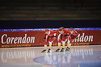 SCHAATSEN: HEERENVEEN: IJsstadion Thialf, 31-10-2012, Perspresentatie Team Corendon, Training, Roxanne van Hemert, Natasja Bruintjes, Floor van den Brandt, ©foto Martin de Jong