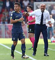 Yuto Nagatomo Inter e Luciano Spalletti Inter<br /> Benevento 01-10-2017  Stadio Ciro Vigorito<br /> Football Campionato Serie A 2017/2018. <br /> Benevento - Inter<br /> Foto Cesare Purini / Insidefoto