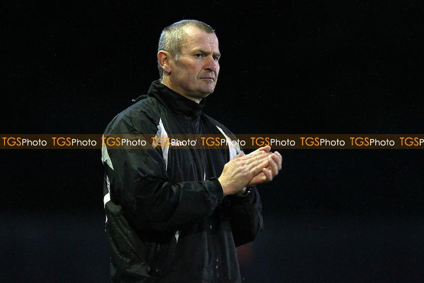 Kingstonian manager Alan Dowson - AFC Hornchurch vs Kingstonian - Ryman League Premier Division Football at The Stadium, Upminster Bridge, Essex - 16/11/13 - MANDATORY CREDIT: Gavin Ellis/TGSPHOTO - Self billing applies where appropriate - 0845 094 6026 - contact@tgsphoto.co.uk - NO UNPAID USE