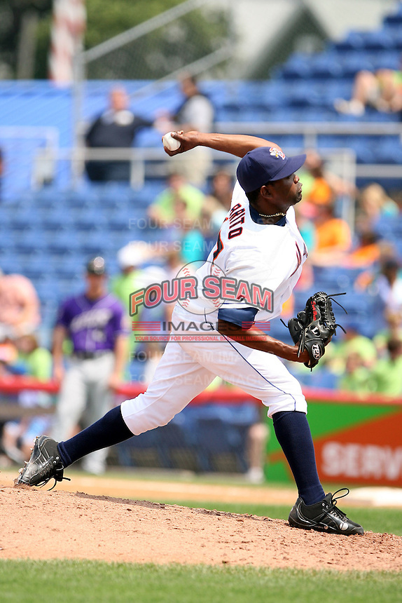 July 7th 2008:  Pitcher Eude Brito of the Binghamton Mets, Class-AA affiliate of the New York Mets, during a game at NYSEG Stadium in Binghamton, NY.  Photo by:  Mike Janes/Four Seam Images