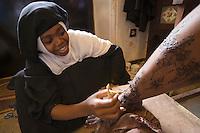 Afrique/Afrique de l'Est/Tanzanie/Zanzibar/Ile Unguja/StoneTown: maquillage