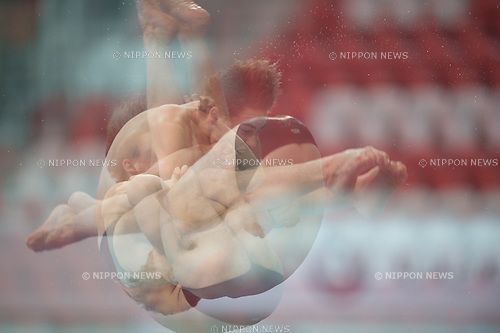 Matthew Carter (AUS) in the 3m Men's Final at FINA Diving Grand Prix 2015 (Singapore) at the OCBC Aquatic Centre in Singapore on 17 Oct 2015. Carter won the bronze medal. (Photo by Haruhiko Otsuka/Aflo)