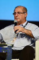 SÃO PAULO, SP, 07 DE FEVEREIRO DE 2012 - CAMPUS PARTY - DEBATE - INOVACAO TECNOLOGICA FORCA MOTRIZ PARA O DESENVOLVIMENTO ECONOMICO  - Ministro das Comunicações Paulo Bernardo, durante debate - Inovação tecnológica: força motriz para o desenvolvimento econômico no Campus Party, no Anhembi em Sao Paulo, na tarde desta terça-feira. (FOTO: ALEXANDRE MOREIRA - NEWS FREE).