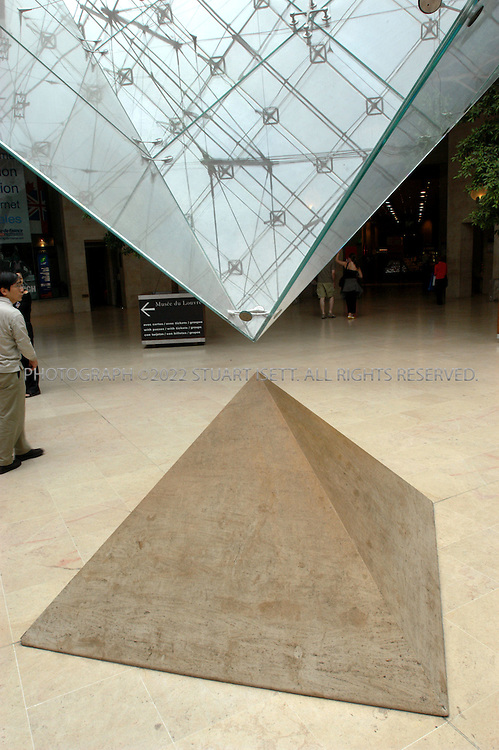 8/6/2004--Paris, France..The inverted pyramid in the Carrousel du Louvre at the Louvre Museum in Paris..Photograph by Stuart Isett