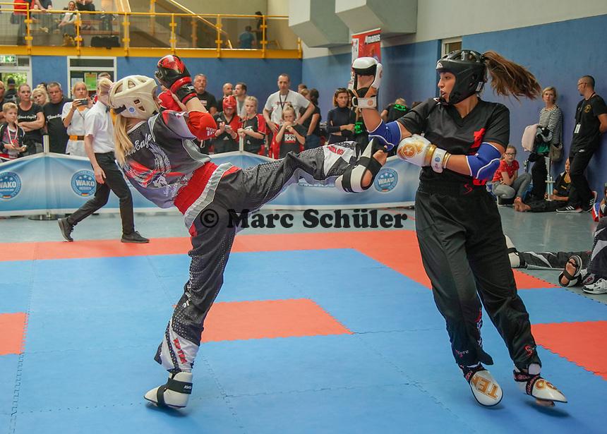 Mixed Team Butzbach (schwarz/rot) gegen Iserlohn (schwarz) - Gräfenhausen 21.09.2019: Kick-Box Meisterschaft bei der SKG Gräfenhausen