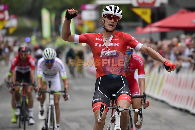 Jasper Stuyven (BEL) Trek-Segafredo wins the Grand Prix de Wallonie 2018 running 205.9km from Blegny to Citadelle de Namur, Belgium. 11th September 2018. <br /> Picture: Peter De Voecht/BettiniPhoto | Cyclefile<br /> <br /> <br /> All photos usage must carry mandatory copyright credit (&copy; Cyclefile | Peter De Voecht/BettiniPhoto)