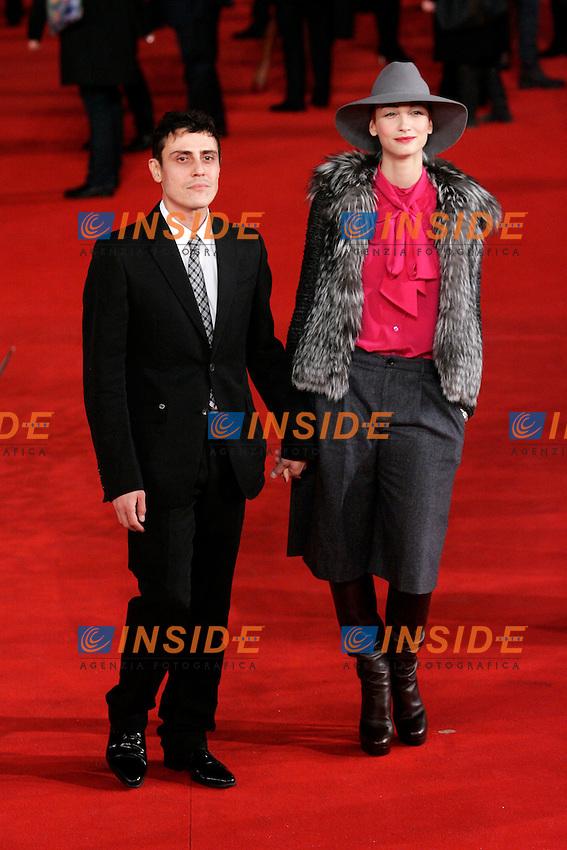 Francesca Inaudi con il fidanzato.Roma 27/10/2011 Festival Internazionale del Film di Roma. International Rome Film Fest. The Lady Red Carpet..Photo Samantha Zucchi Insidefoto