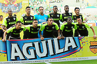 CALI - COLOMBIA -13-07-2016: Los jugadores de La Equidad, posan para una foto, durante partido entre Deportivo Cali y La Equidad, por la fecha 3 de la Liga Aguila II-2016, jugado en el estadio Deportivo Cali (Palmaseca) de la ciudad de Cali. / The Players of La Equidad, pose for a photo, during a match between Deportivo Cali and La Equidad for the date 3 for the Liga Aguila II-2016 at the Deportivo Cali (Palmaseca) stadium in Cali city. Photo: VizzorImage  / Nelson Rios / Cont