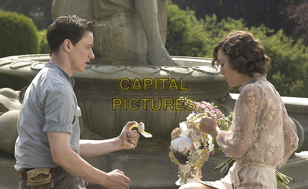 JAMES MCAVOY & KEIRA KNIGHTLEY.in Atonement .*Filmstill - Editorial Use Only*.CAP/FB.Supplied by Capital Pictures.