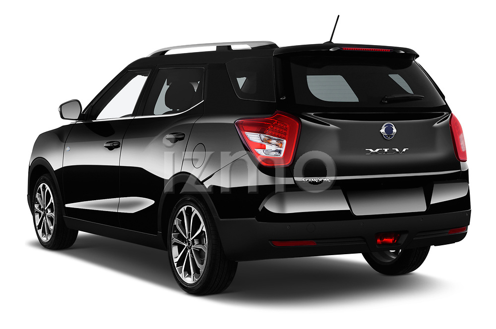 Car pictures of rear three quarter view of a 2017 Ssangyong XLV Sapphire 5 Door SUV angular rear